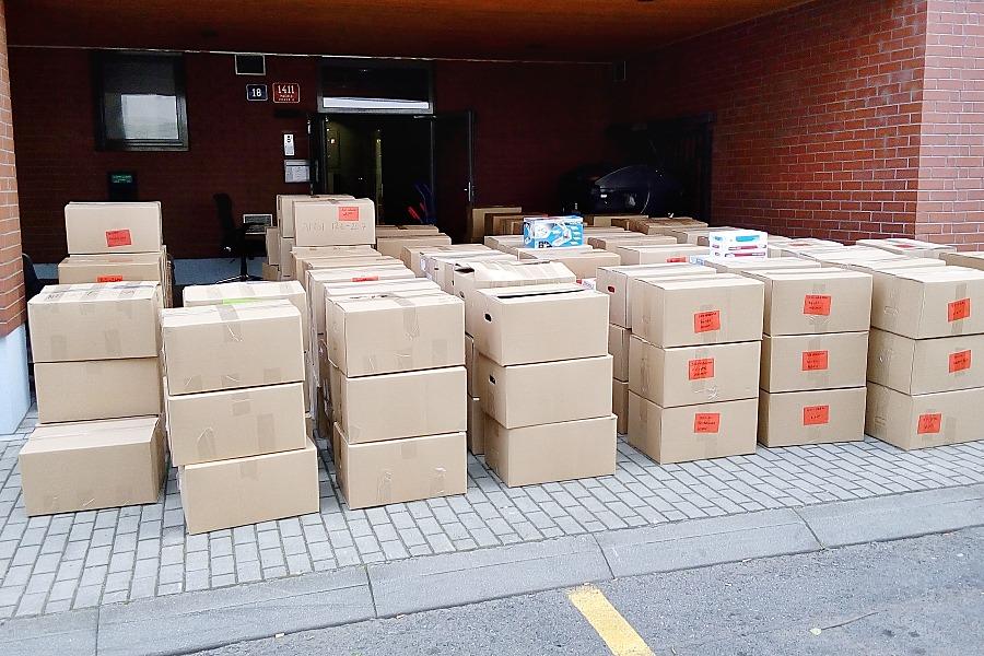 Krabice na stěhování šanonů - Kvalitní stěhování v Praze